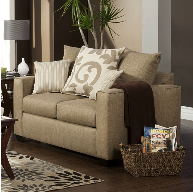 SM2011 Loveseat